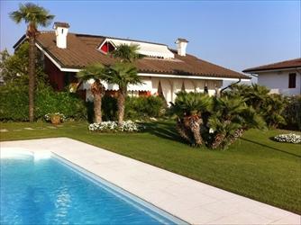 Villa in vendita a Garda  LAGO DI GARDA