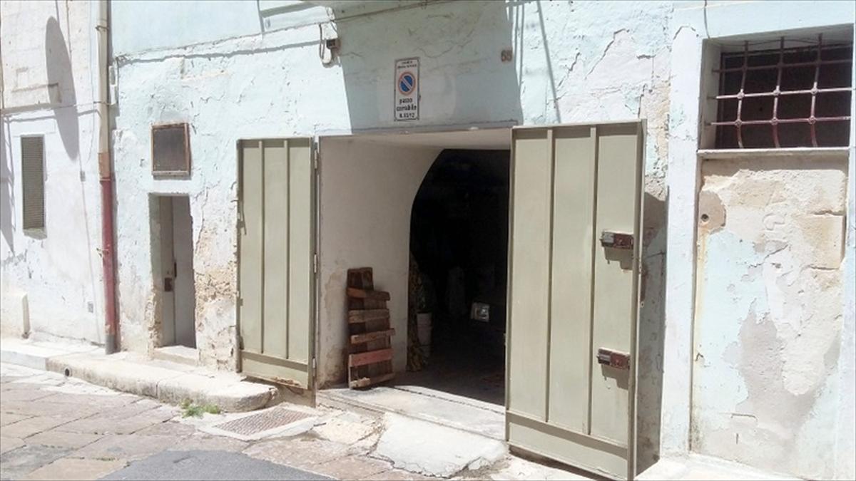 Box / Garage in vendita a Gravina in Puglia, 1 locali, prezzo € 30.000 | CambioCasa.it
