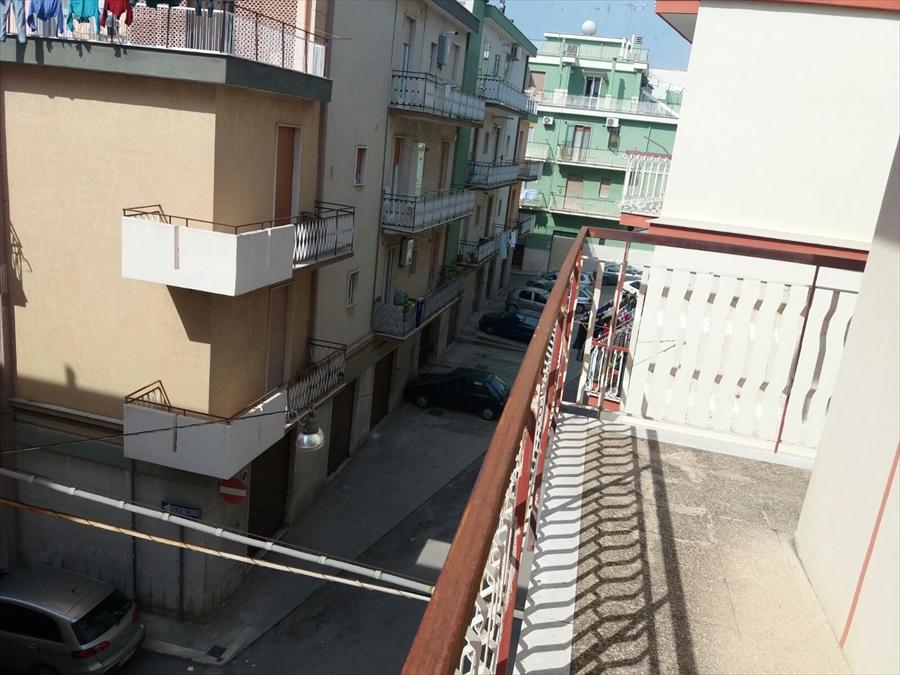 Appartamento in affitto a Corato, 3 locali, prezzo € 300 | Cambio Casa.it