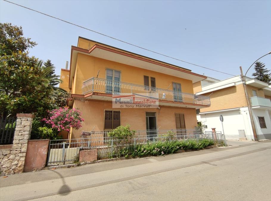 Villa in vendita a Cassano delle Murge, 5 locali, prezzo € 145.000   PortaleAgenzieImmobiliari.it
