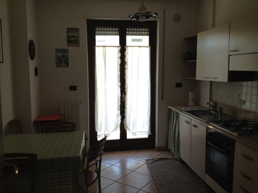 Appartamento in affitto a Brindisi, 3 locali, prezzo € 650 | Cambio Casa.it