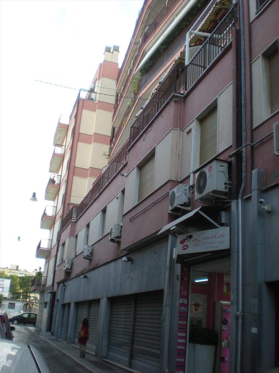 Appartamento in affitto a Cerignola, 9999 locali, prezzo € 650 | CambioCasa.it