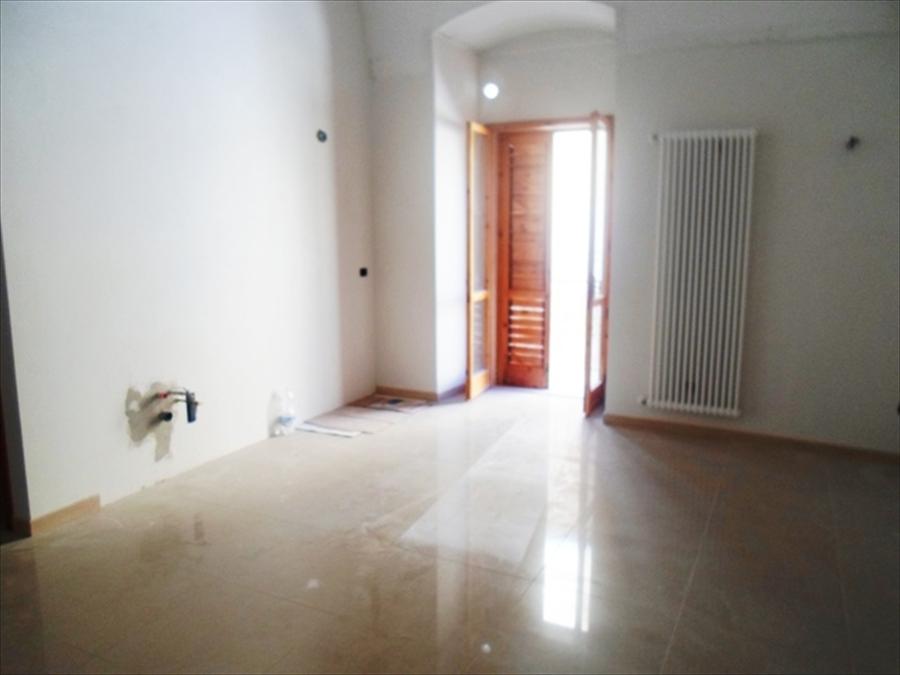 Appartamento in vendita a Gravina in Puglia, 3 locali, prezzo € 115.000 | CambioCasa.it