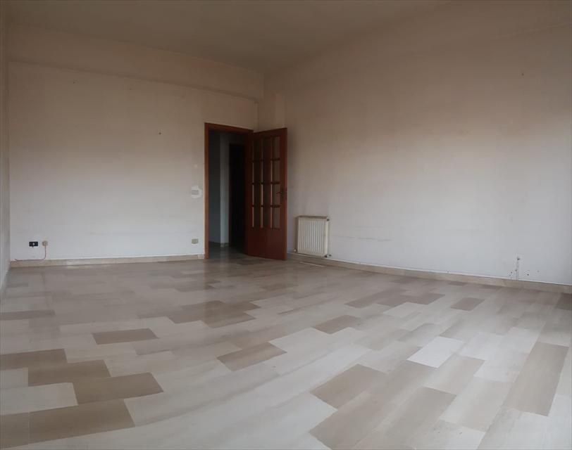 Appartamento in vendita a Reggio Calabria, 5 locali, prezzo € 149.000 | CambioCasa.it