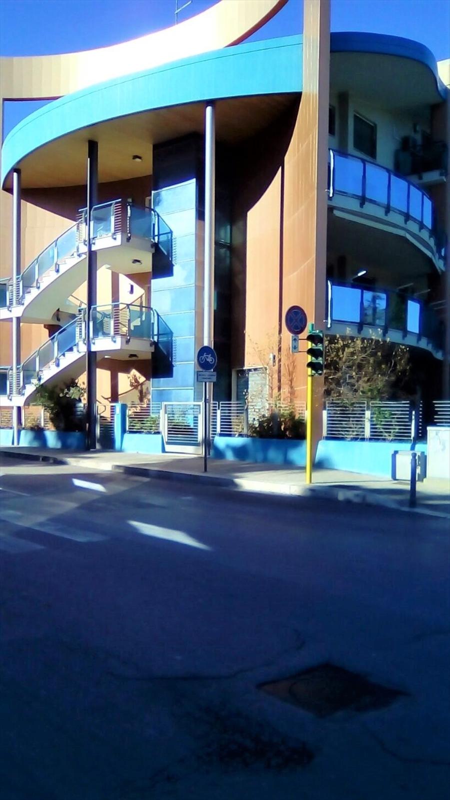 Locale Commerciale Modugno LV0218