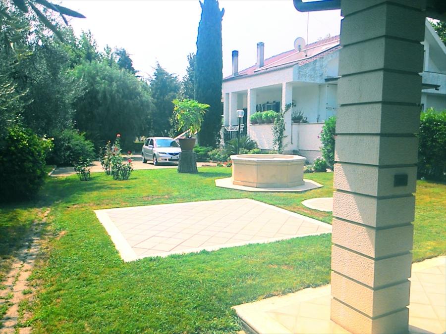 Villa in vendita a Corato, 5 locali, prezzo € 500.000 | Cambio Casa.it