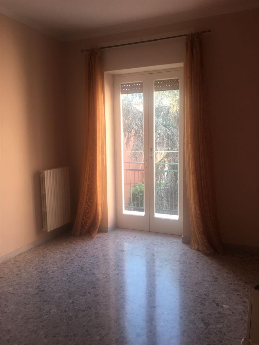 Appartamento in affitto a Corato, 3 locali, prezzo € 350 | Cambio Casa.it