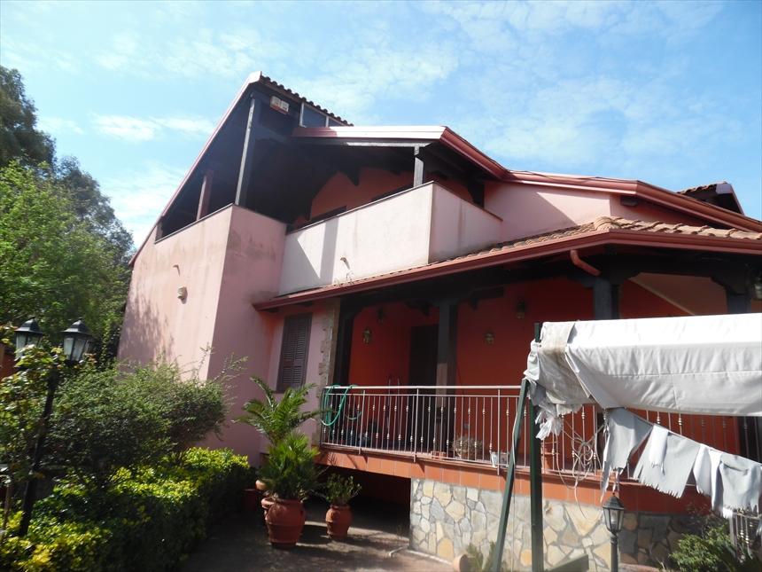 Villa in affitto a Giugliano in Campania, 4 locali, prezzo € 800   Cambio Casa.it