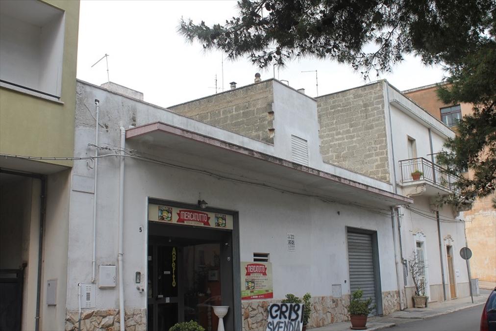 Negozio / Locale in vendita a Carovigno, 9999 locali, prezzo € 250.000 | Cambio Casa.it