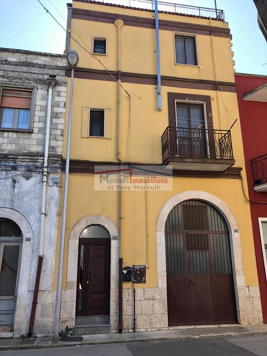 Soluzione Indipendente in vendita a Cassano delle Murge, 6 locali, prezzo € 105.000   PortaleAgenzieImmobiliari.it