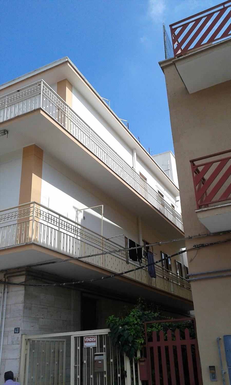 Appartamento in vendita a Cerignola, 10 locali, prezzo € 150.000 | CambioCasa.it
