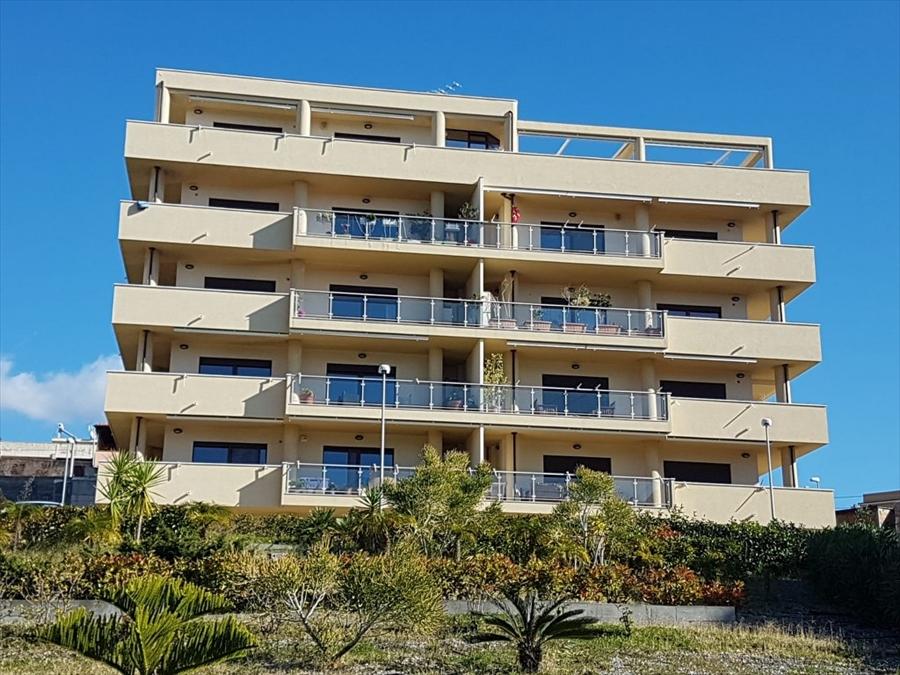 Attico / Mansarda in vendita a Reggio Calabria, 5 locali, prezzo € 330.000 | PortaleAgenzieImmobiliari.it