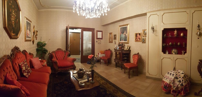 Appartamento in vendita a Reggio Calabria, 6 locali, prezzo € 90.000 | CambioCasa.it