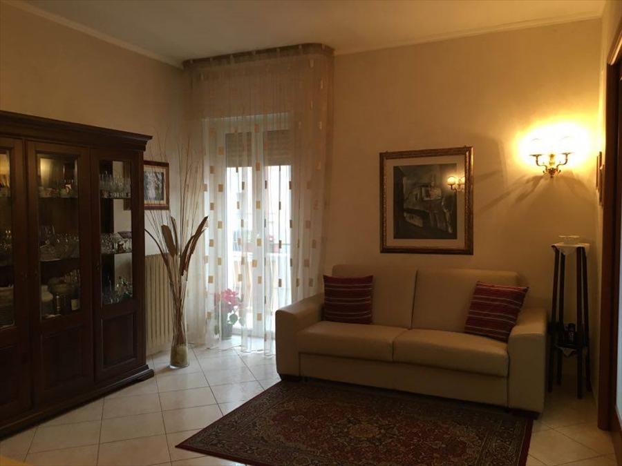 Appartamento in vendita a Corato, 3 locali, prezzo € 108.000   Cambio Casa.it