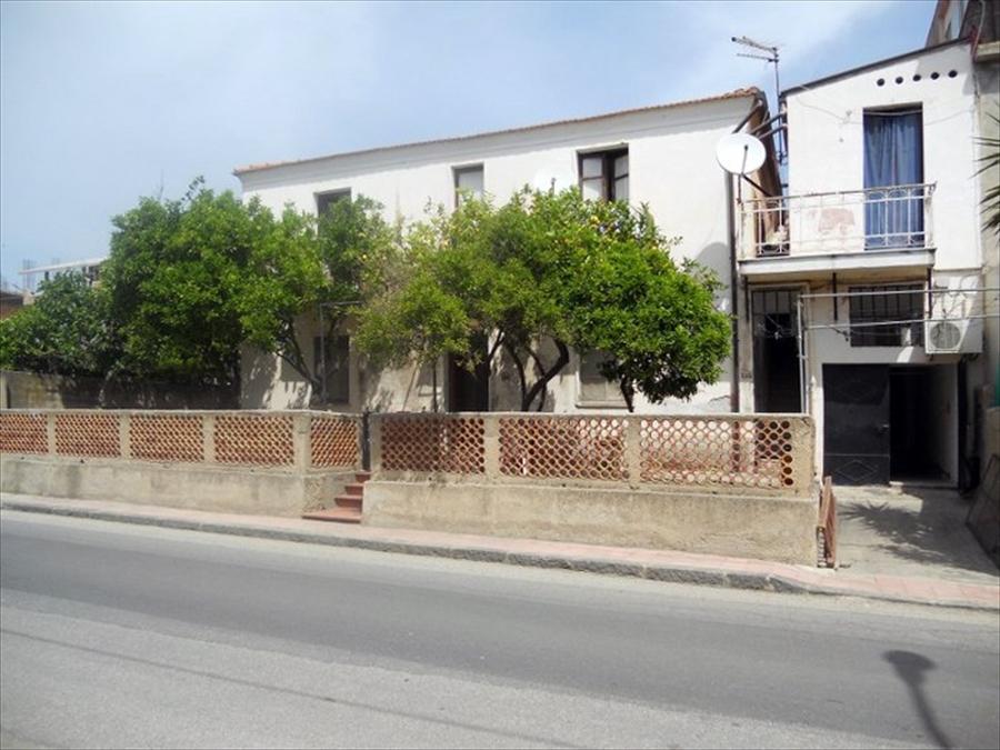 Appartamento in vendita a San Lorenzo, 4 locali, prezzo € 35.000 | Cambio Casa.it