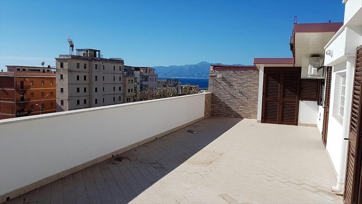 Attico / Mansarda in vendita a Reggio Calabria, 3 locali, prezzo € 98.000 | PortaleAgenzieImmobiliari.it