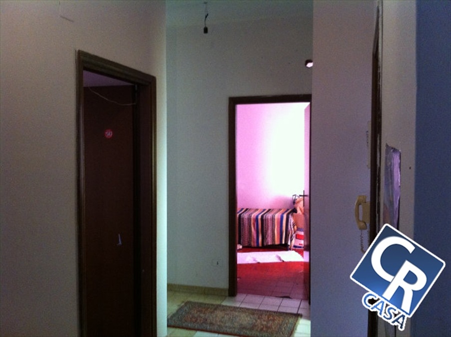 Appartamento in vendita a Motta San Giovanni, 5 locali, prezzo € 43.000 | Cambio Casa.it