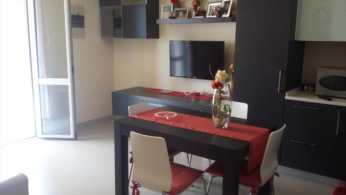 Appartamento in vendita a Gravina in Puglia, 3 locali, prezzo € 105.000 | CambioCasa.it