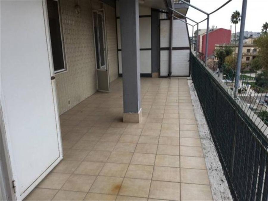 Appartamento in vendita a Brindisi, 4 locali, prezzo € 135.000 | Cambio Casa.it