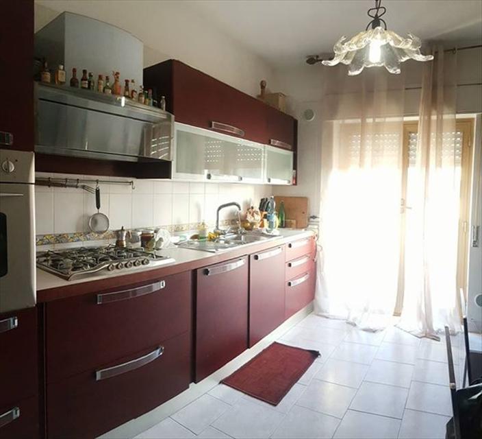 Appartamento Reggio di Calabria V00118
