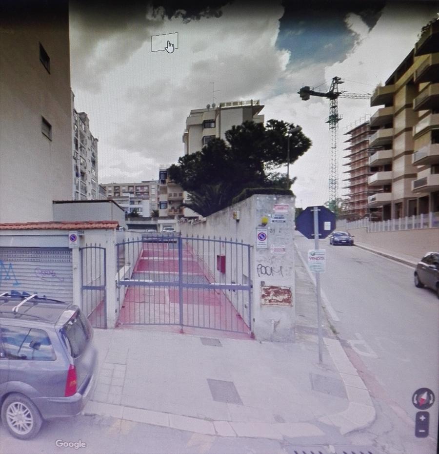 Box / Garage in vendita a Bari, 9999 locali, prezzo € 27.000 | CambioCasa.it
