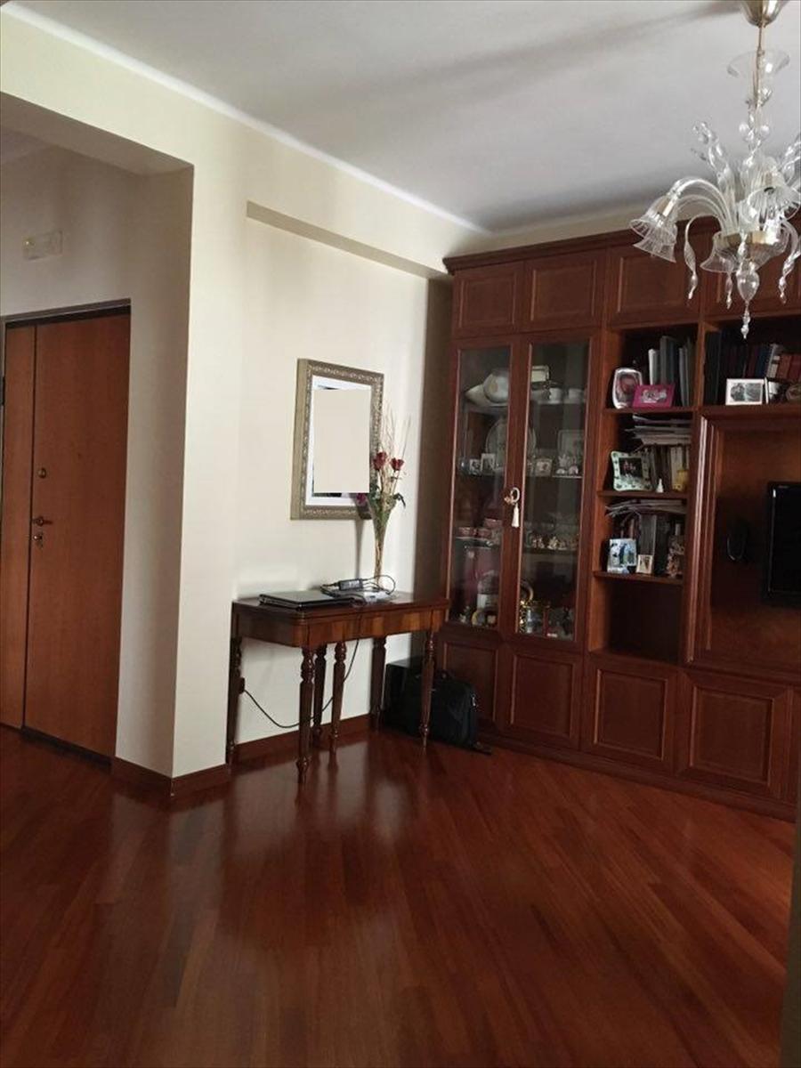 Appartamento in vendita a Corato, 3 locali, prezzo € 153.000   Cambio Casa.it