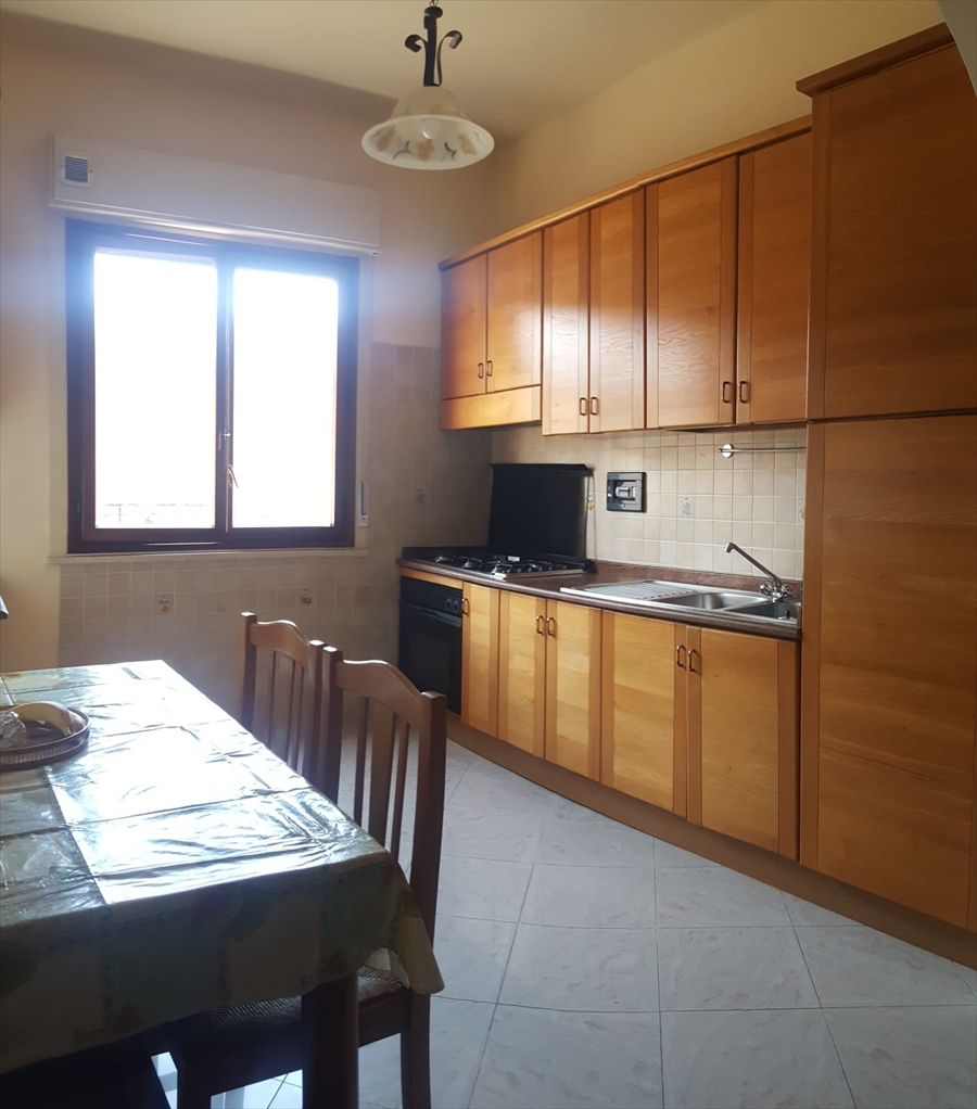 Appartamento in vendita a Reggio Calabria, 4 locali, prezzo € 88.000 | CambioCasa.it