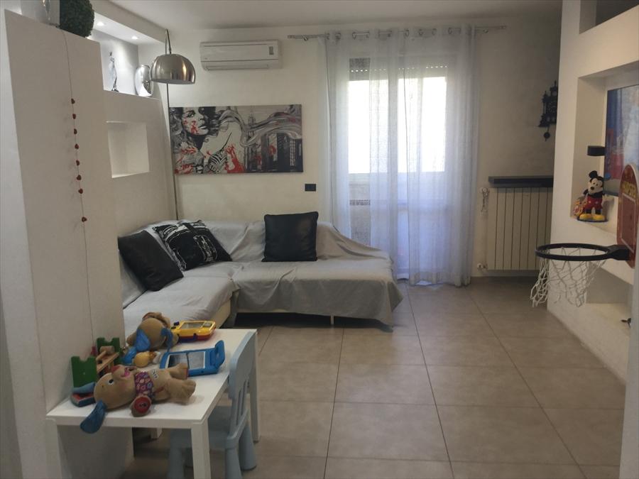 Appartamento in vendita a Brindisi, 3 locali, prezzo € 146.000 | Cambio Casa.it