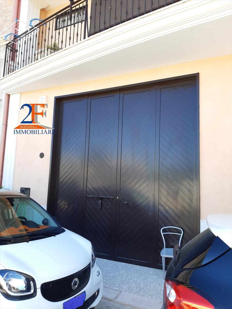 Box / Garage in vendita a Cerignola, 1 locali, prezzo € 130.000 | CambioCasa.it