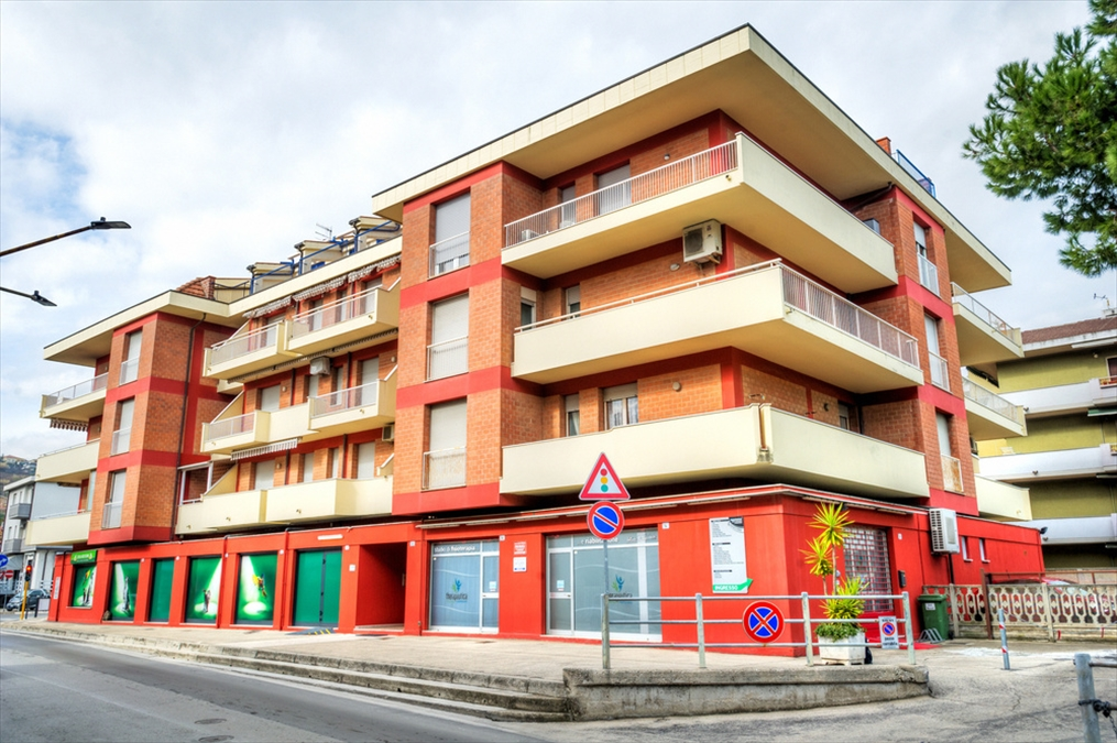 Appartamento in vendita a Silvi Semicentro