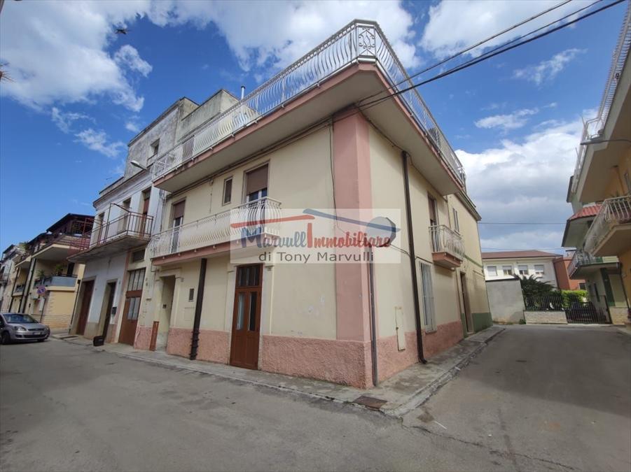 Soluzione Indipendente in vendita a Cassano delle Murge, 4 locali, prezzo € 95.000   PortaleAgenzieImmobiliari.it