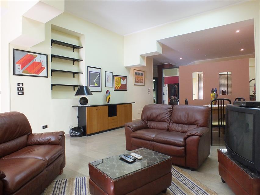 Appartamento in vendita a Reggio Calabria, 5 locali, prezzo € 129.000 | CambioCasa.it