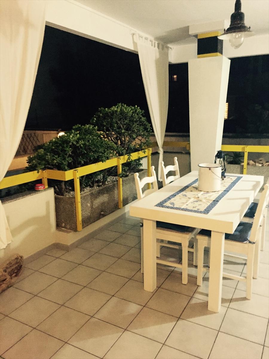 Appartamento in vendita a Brindisi, 5 locali, prezzo € 300.000 | Cambio Casa.it