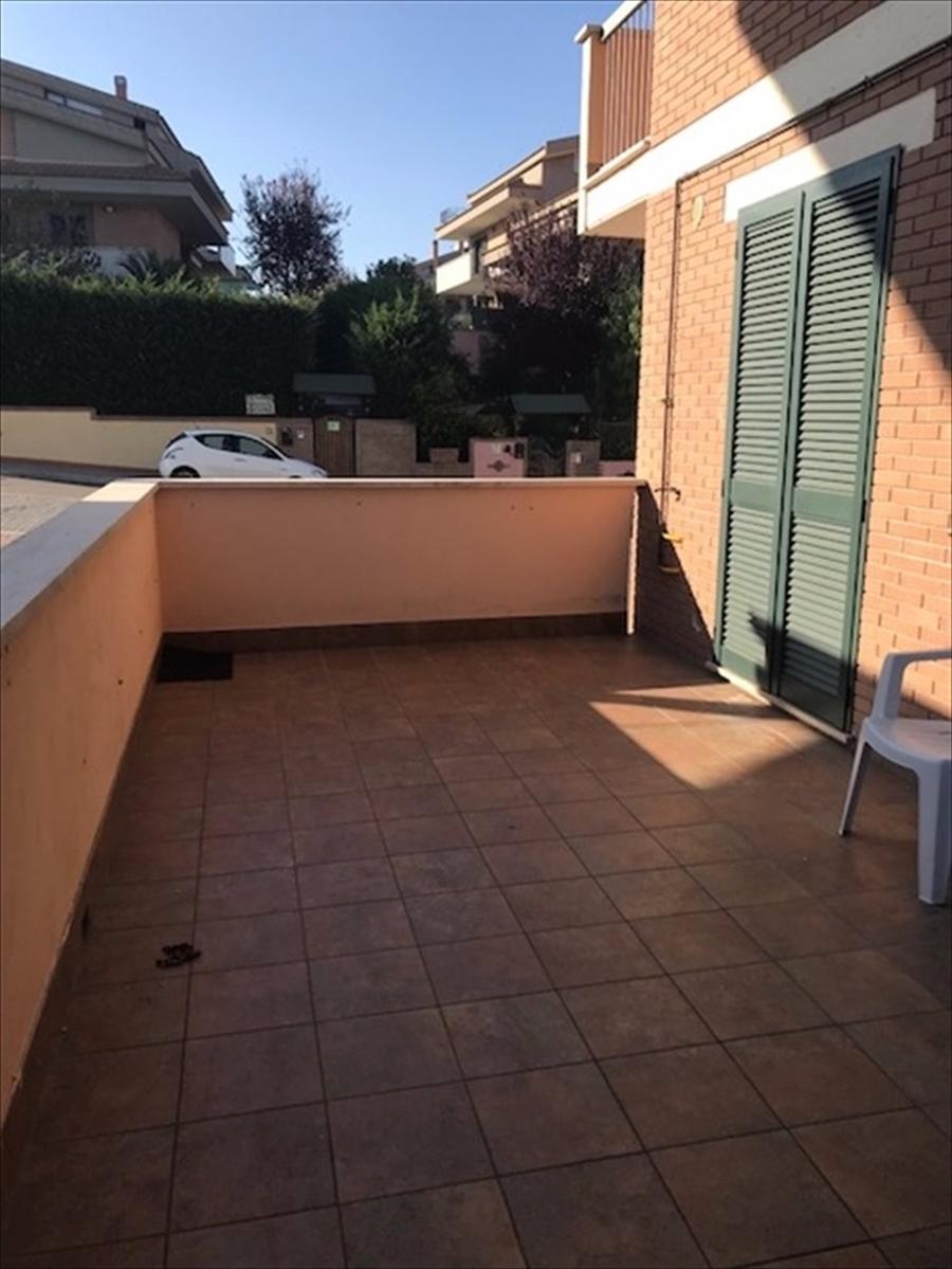 Appartamento in affitto a Città Sant'Angelo, 2 locali, prezzo € 410 | CambioCasa.it