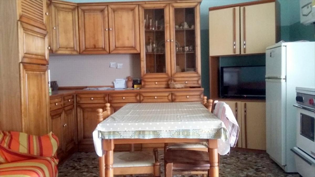 Appartamento in vendita a Gravina in Puglia, 3 locali, prezzo € 65.000 | CambioCasa.it
