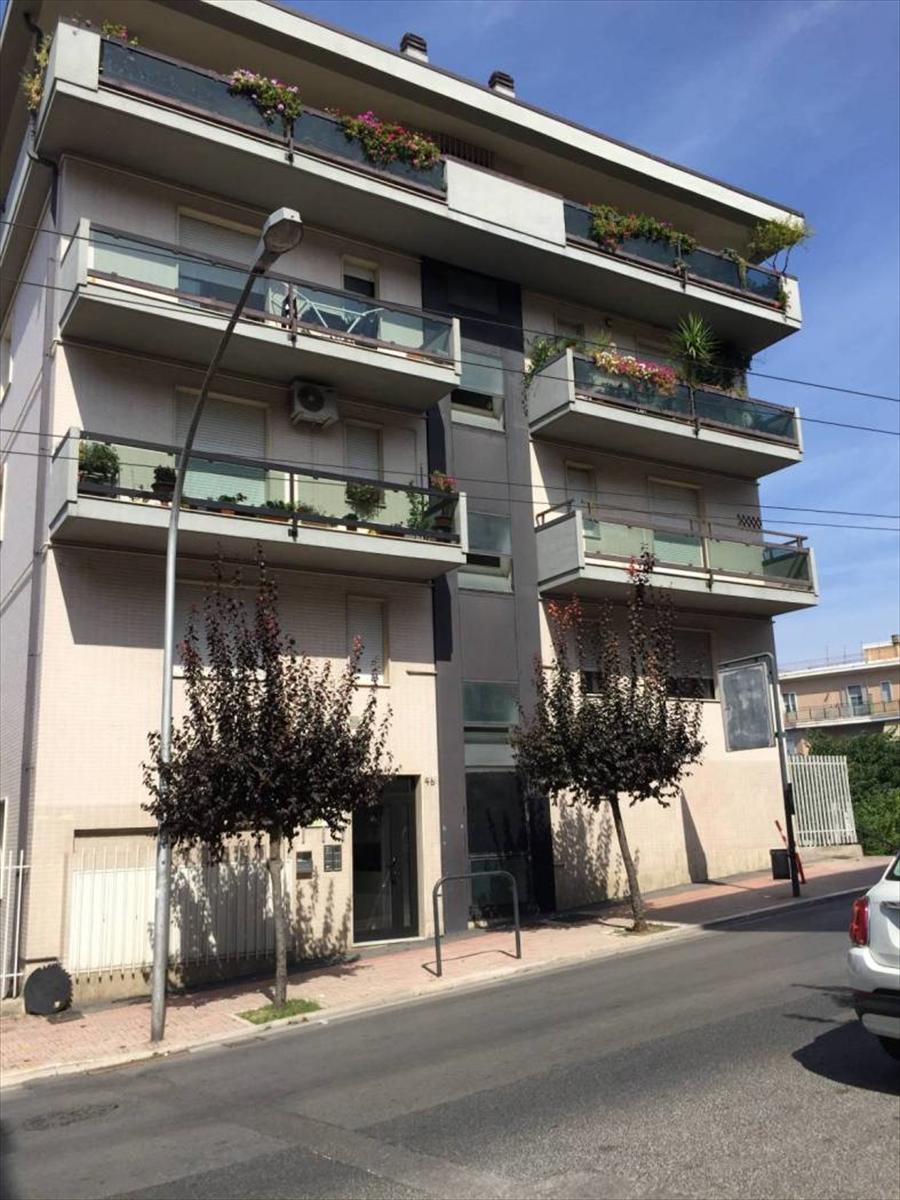 Appartamento in vendita a Chieti, 3 locali, prezzo € 65.000 | CambioCasa.it