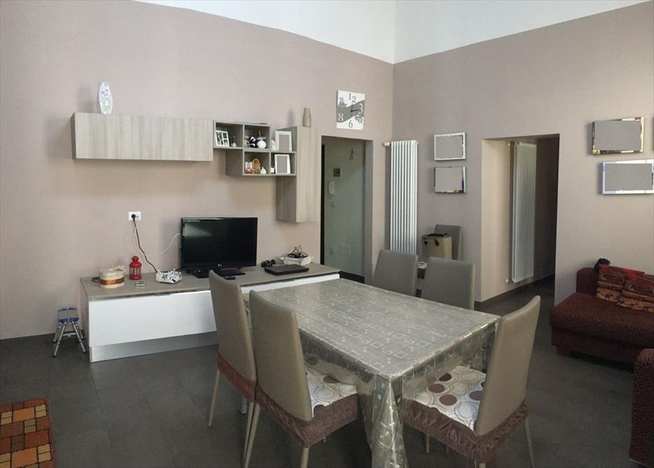 Appartamento in vendita a Corato, 3 locali, prezzo € 90.000 | Cambio Casa.it
