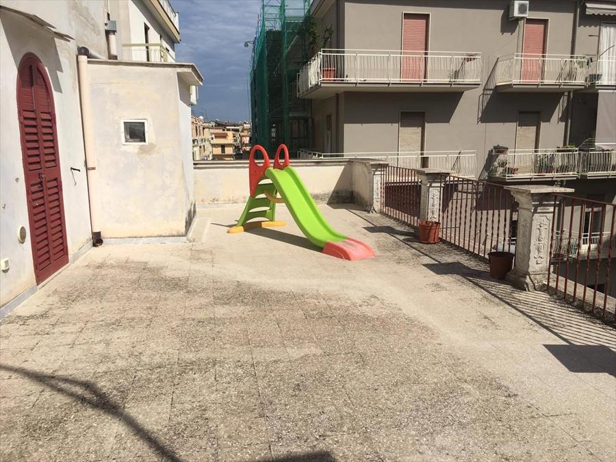 Appartamento in affitto a Corato, 3 locali, prezzo € 280 | CambioCasa.it