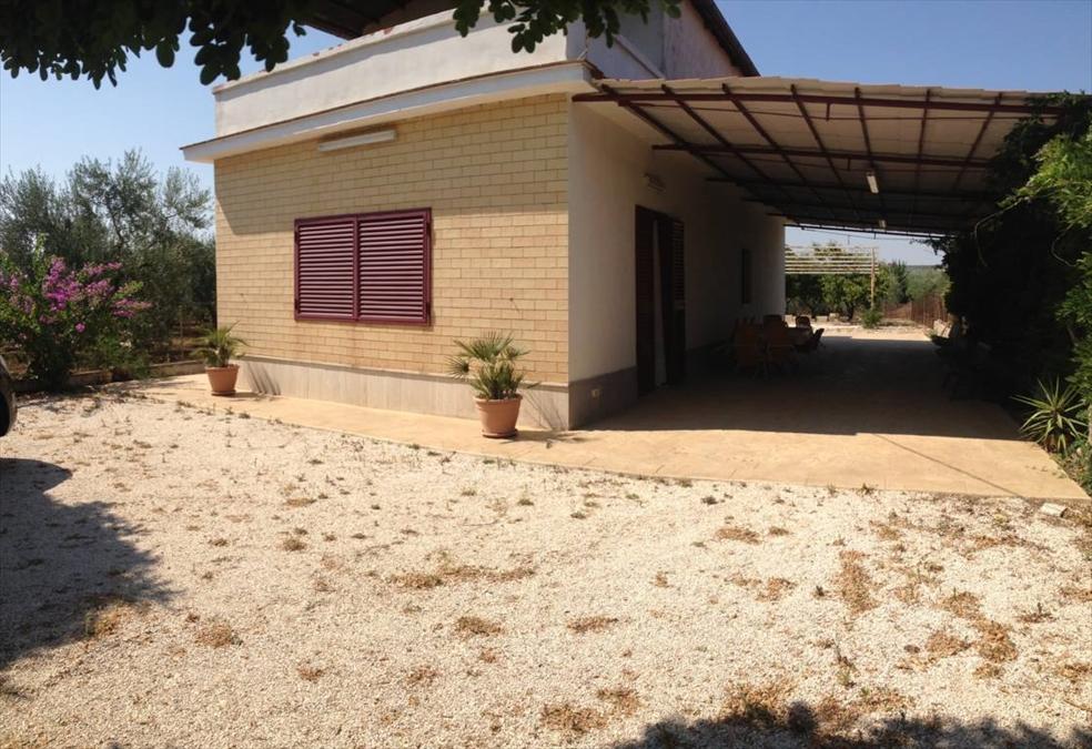 Villa in vendita a Corato, 3 locali, prezzo € 135.000 | Cambio Casa.it