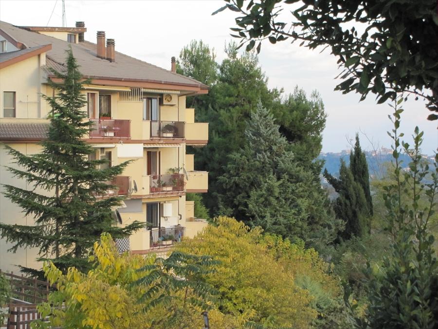 Appartamento in vendita a Chieti, 3 locali, prezzo € 130.000 | CambioCasa.it