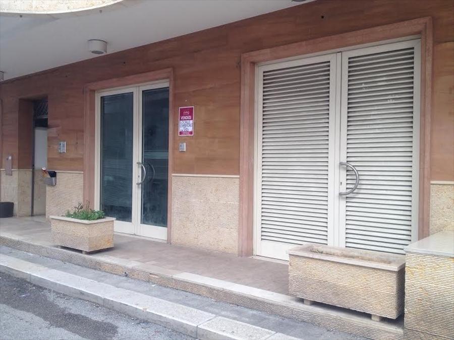 Negozio / Locale in vendita a Modugno, 1 locali, prezzo € 69.000 | PortaleAgenzieImmobiliari.it
