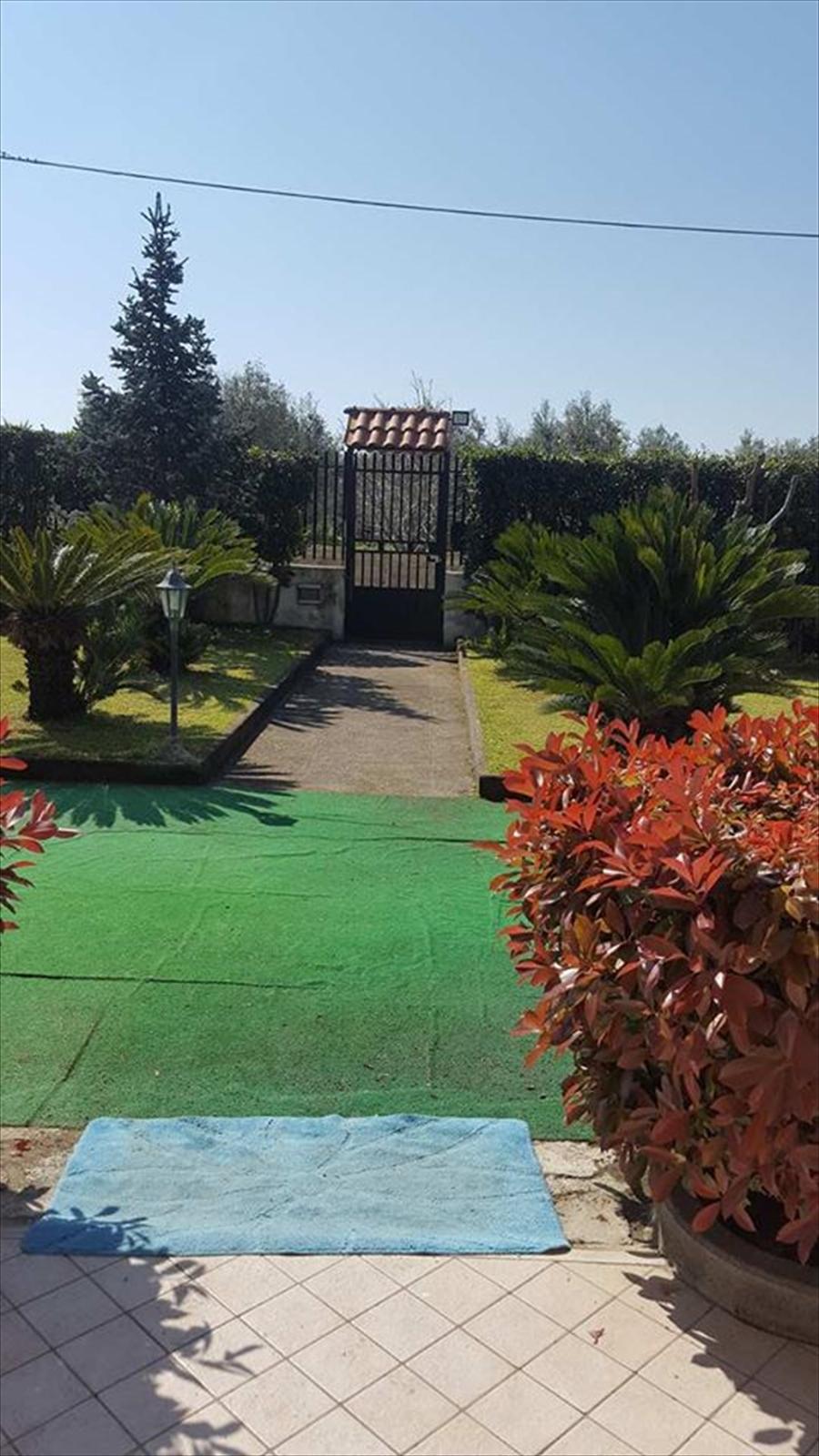 Soluzione Indipendente in affitto a Giugliano in Campania, 4 locali, prezzo € 500 | Cambio Casa.it