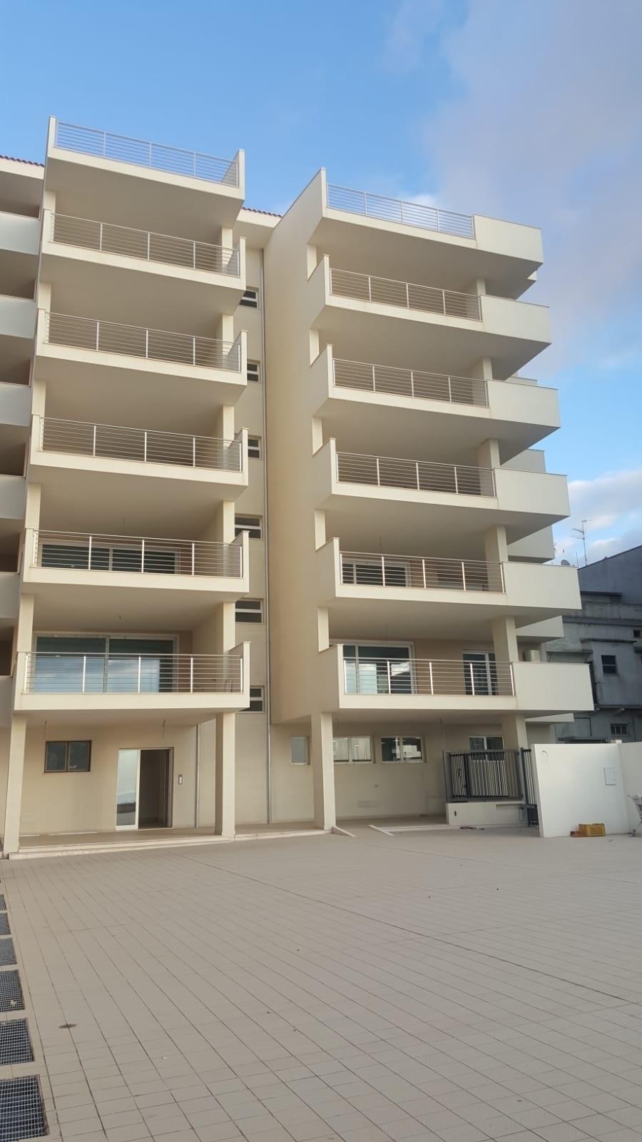 Appartamento in vendita a Reggio Calabria, 6 locali, prezzo € 440.000 | CambioCasa.it