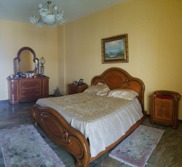 Appartamento in vendita a Reggio Calabria, 5 locali, prezzo € 85.000 | CambioCasa.it