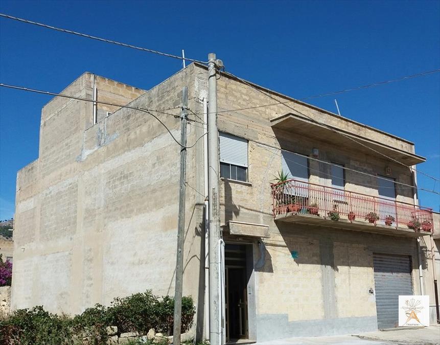 Soluzione Indipendente in vendita a Trapani, 5 locali, prezzo € 280.000 | Cambio Casa.it