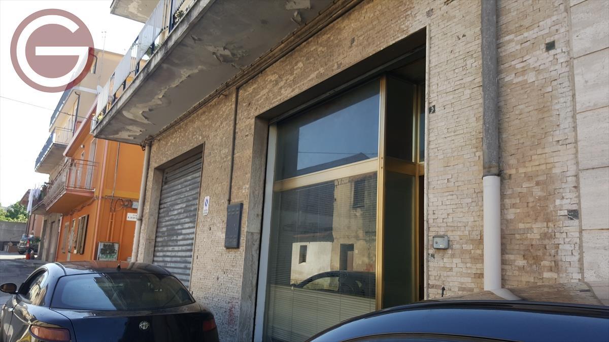 Affitto Attività Commerciale Polistena