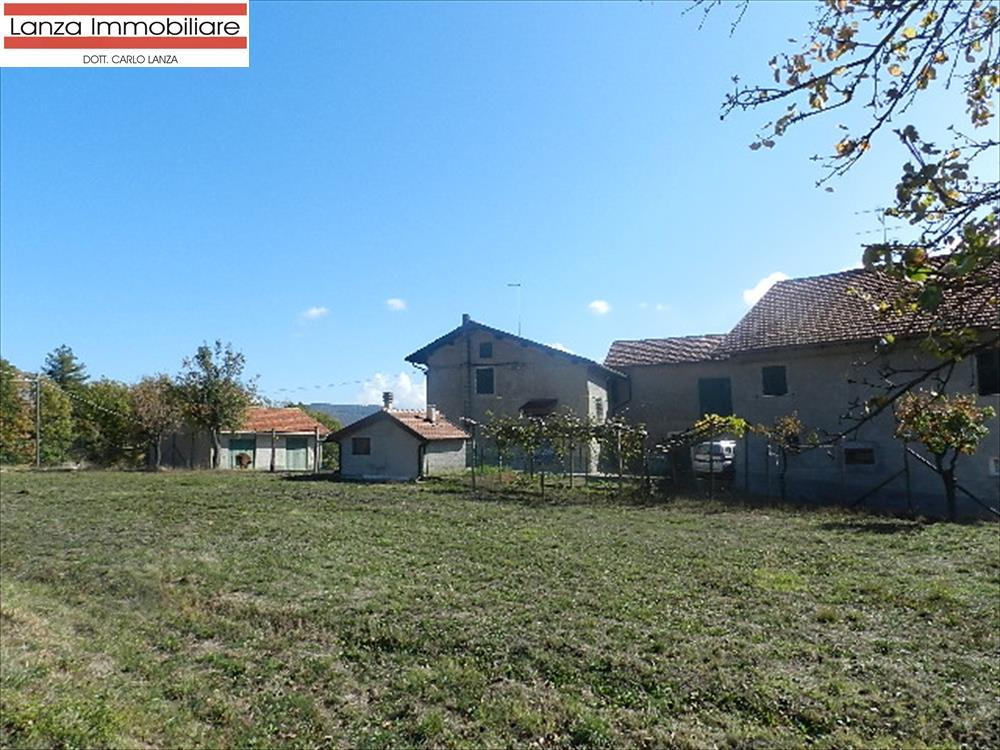 Rustico / Casale in vendita a Molare, 10 locali, prezzo € 137.000 | CambioCasa.it