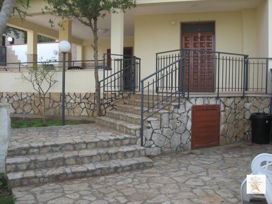Villa in Vendita a Valderice