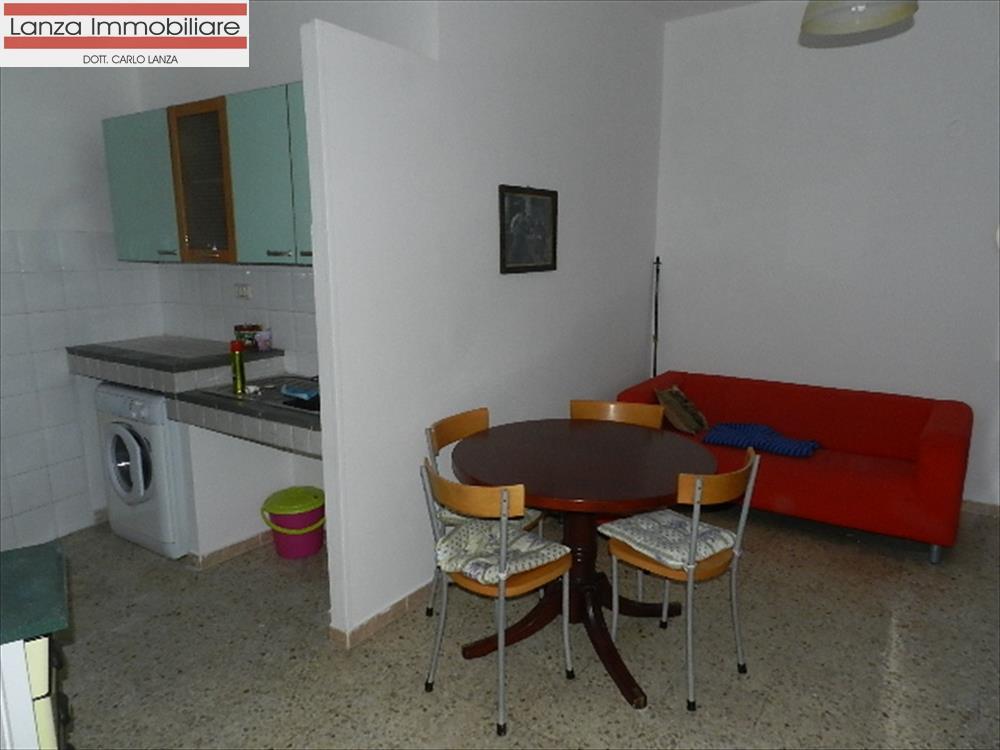 Appartamento in affitto a Ovada, 2 locali, prezzo € 300 | CambioCasa.it