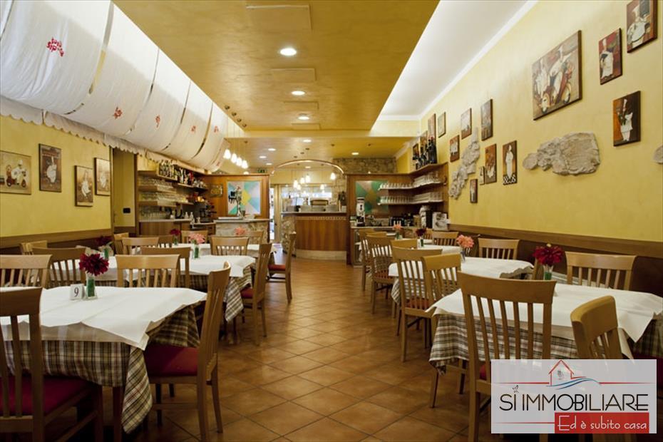 Ristorante / Pizzeria / Trattoria in Vendita a Silvi